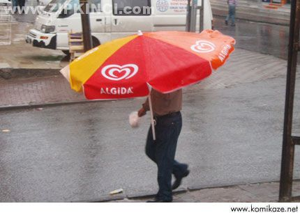 Şemsiyesiz çıkmam abiiii