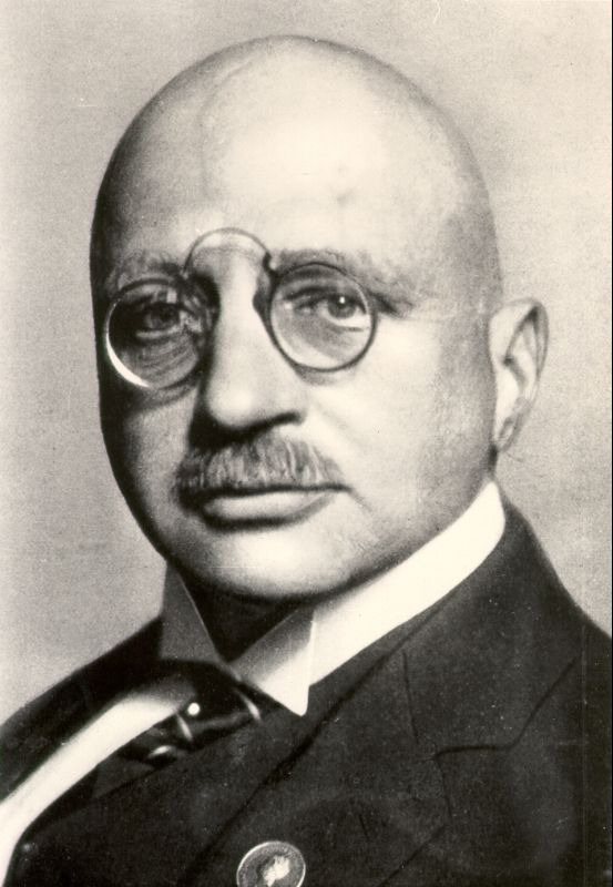 a biography and work of the nobel prize winning chemist fritz haber I'm coming around to the idea of fuller ownership of my work but i way of fritz haber.